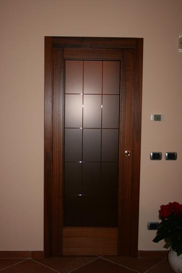 Vendita di serramenti in legno e alluminio