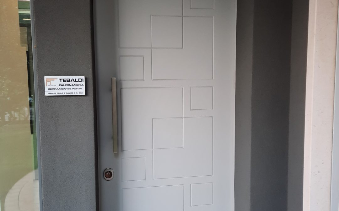 Porte di ingresso legno e blindati